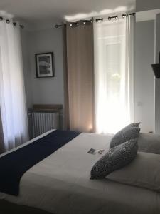 Chambre classique Grand Hôtel LE MONT DORE