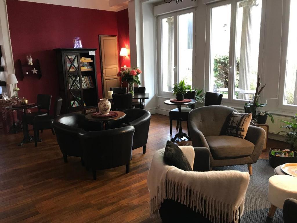 3 - Grand Hôtel Mont Dore , le salon